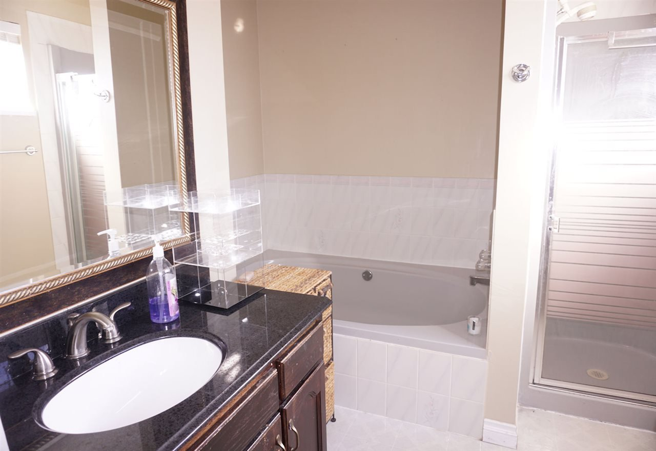 Photo 10: Photos: 33480 BLUEBERRY Drive in Mission: Mission BC House for sale : MLS®# R2412997