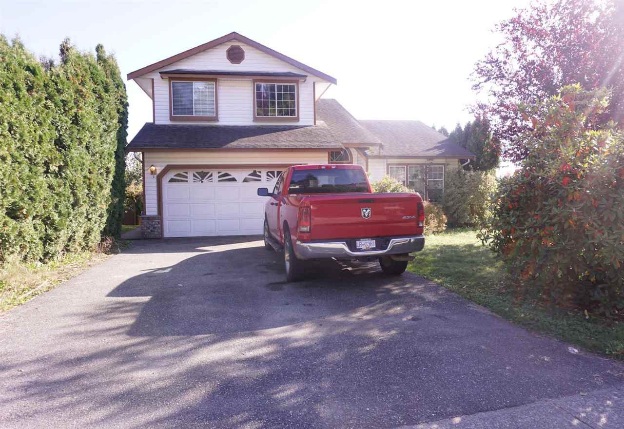 Main Photo: 33480 BLUEBERRY Drive in Mission: Mission BC House for sale : MLS®# R2412997