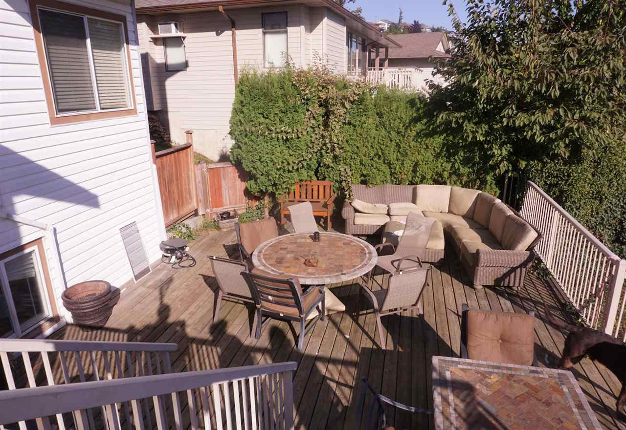 Photo 13: Photos: 33480 BLUEBERRY Drive in Mission: Mission BC House for sale : MLS®# R2412997