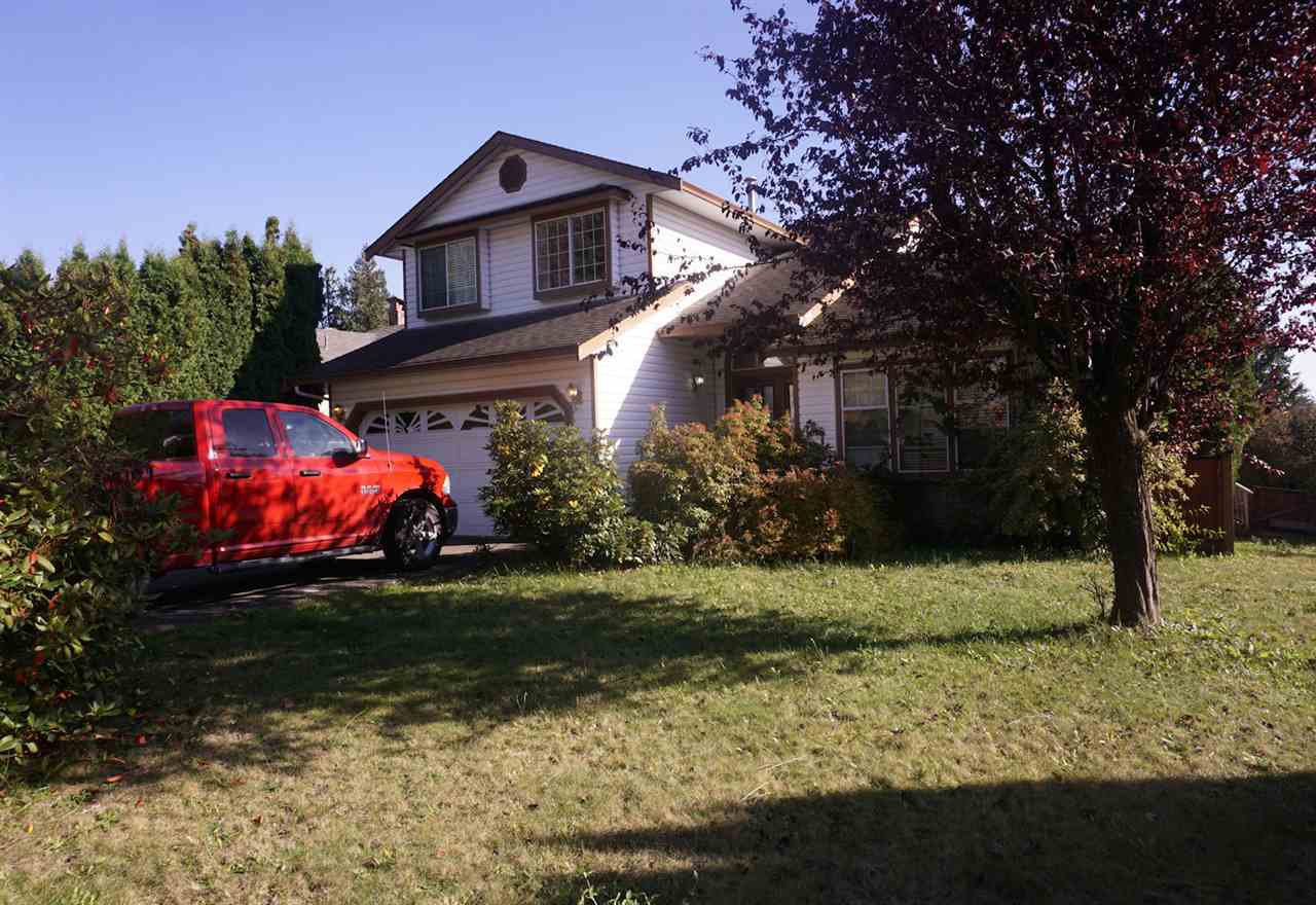 Photo 2: Photos: 33480 BLUEBERRY Drive in Mission: Mission BC House for sale : MLS®# R2412997