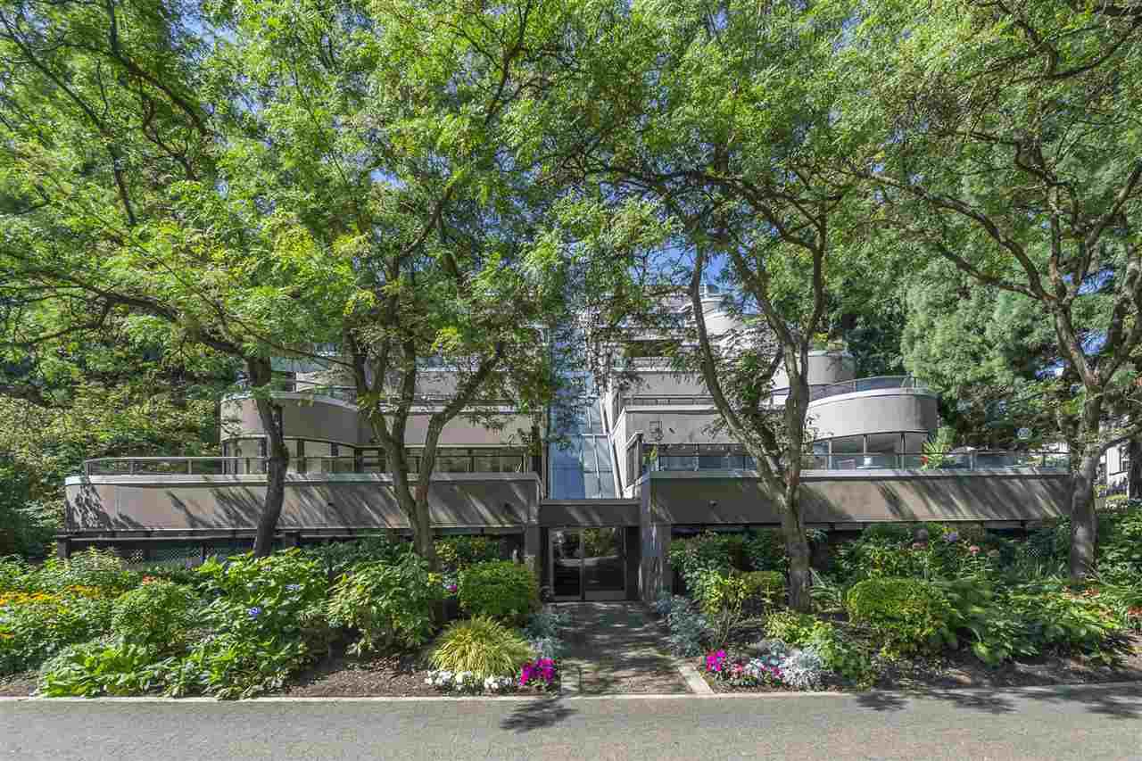 """Photo 36: Photos: 35 1425 LAMEY'S MILL Road in Vancouver: False Creek Condo for sale in """"HARBOUR TERRACE"""" (Vancouver West)  : MLS®# R2482067"""