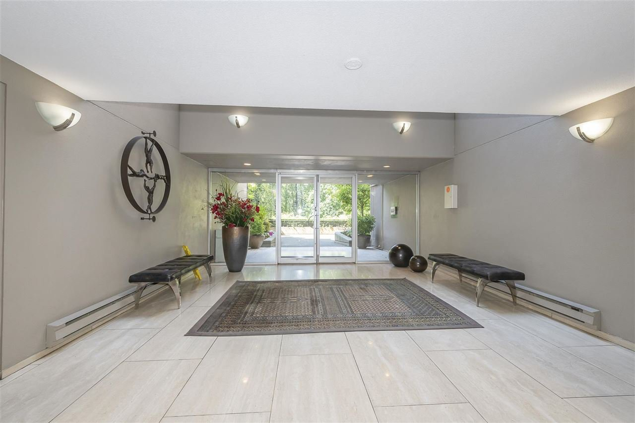 """Photo 31: Photos: 35 1425 LAMEY'S MILL Road in Vancouver: False Creek Condo for sale in """"HARBOUR TERRACE"""" (Vancouver West)  : MLS®# R2482067"""