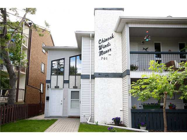 Main Photo: 202 701 56 Avenue SW in CALGARY: Windsor Park Stacked Townhouse for sale (Calgary)  : MLS®# C3530451
