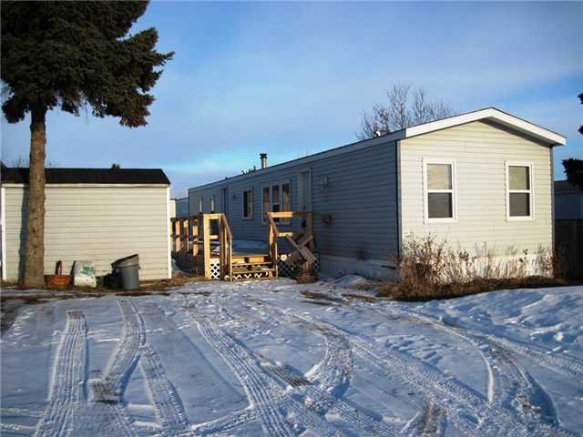 "Main Photo: 22 8420 ALASKA Road in Fort St. John: Fort St. John - City SE Manufactured Home for sale in ""PEACE COUNTRY MOBILE HOME PARK"" (Fort St. John (Zone 60))  : MLS®# N225043"