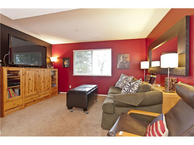 "Photo 8: Photos: 1115 CLERIHUE Road in Port Coquitlam: Citadel PQ Townhouse for sale in ""THE SUMMIT"" : MLS®# V993280"