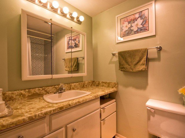"""Photo 12: Photos: 225 2033 TRIUMPH Street in Vancouver: Hastings Condo for sale in """"MCKENZIE HOUSE"""" (Vancouver East)  : MLS®# V1026314"""