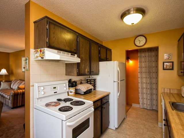 """Photo 6: Photos: 225 2033 TRIUMPH Street in Vancouver: Hastings Condo for sale in """"MCKENZIE HOUSE"""" (Vancouver East)  : MLS®# V1026314"""