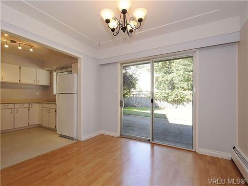 Photo 6: Photos: 3328 Wishart Road in VICTORIA: Co Wishart North Strata Duplex Unit for sale (Colwood)  : MLS®# 328382