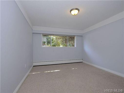 Photo 10: Photos: 3328 Wishart Road in VICTORIA: Co Wishart North Strata Duplex Unit for sale (Colwood)  : MLS®# 328382
