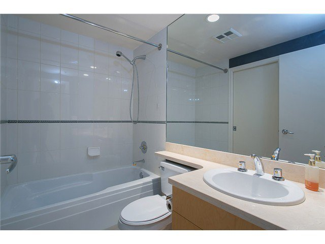 Photo 2: Photos: 901 1710 Bayshore Drive in Vancouver: Coal Harbour Condo  (Vancouver West)  : MLS®# V1048157