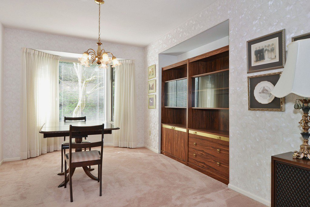 Photo 7: Photos: 17210 62A Avenue in Surrey: House for sale (Cloverdale)  : MLS®# F1405968