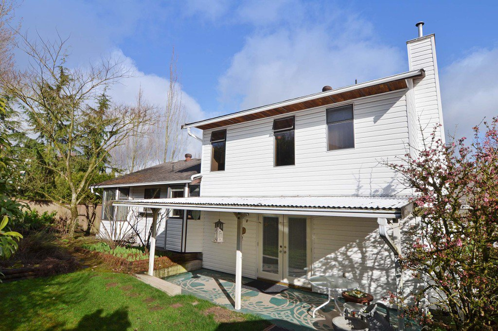 Photo 20: Photos: 17210 62A Avenue in Surrey: House for sale (Cloverdale)  : MLS®# F1405968