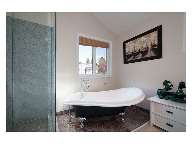 Photo 9: Photos: 2437 W 51st Av in Vancouver: S.W. Marine House for sale (Vancouver West)  : MLS®# V1057997