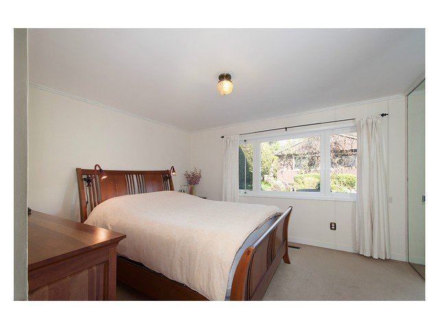 Photo 12: Photos: 2437 W 51st Av in Vancouver: S.W. Marine House for sale (Vancouver West)  : MLS®# V1057997