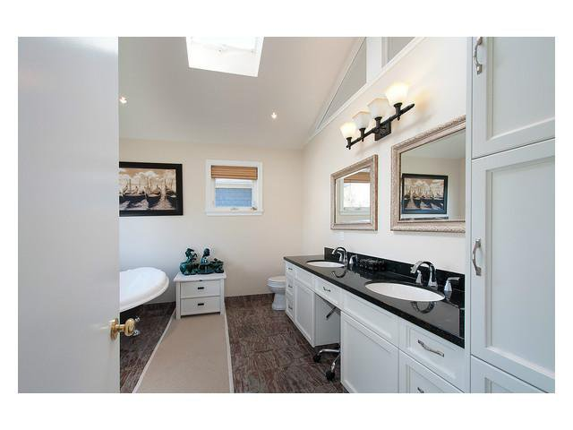 Photo 8: Photos: 2437 W 51st Av in Vancouver: S.W. Marine House for sale (Vancouver West)  : MLS®# V1057997