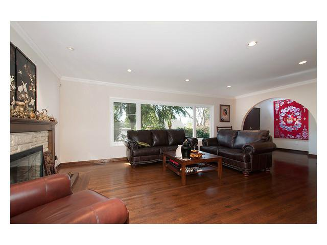 Photo 3: Photos: 2437 W 51st Av in Vancouver: S.W. Marine House for sale (Vancouver West)  : MLS®# V1057997