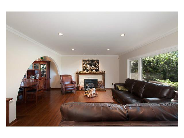 Photo 2: Photos: 2437 W 51st Av in Vancouver: S.W. Marine House for sale (Vancouver West)  : MLS®# V1057997