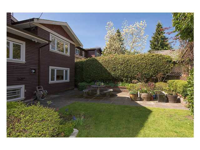 Photo 16: Photos: 2437 W 51st Av in Vancouver: S.W. Marine House for sale (Vancouver West)  : MLS®# V1057997
