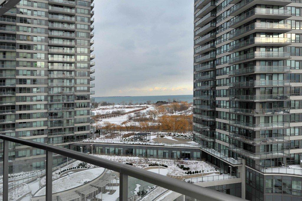 Photo 8: Photos: 908 15 Legion Road in Toronto: Mimico Condo for sale (Toronto W06)  : MLS®# W2802236