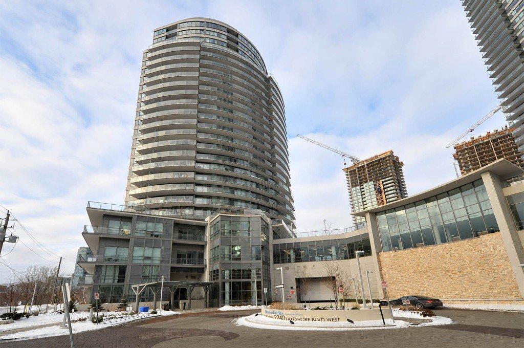 Photo 1: Photos: 908 15 Legion Road in Toronto: Mimico Condo for sale (Toronto W06)  : MLS®# W2802236