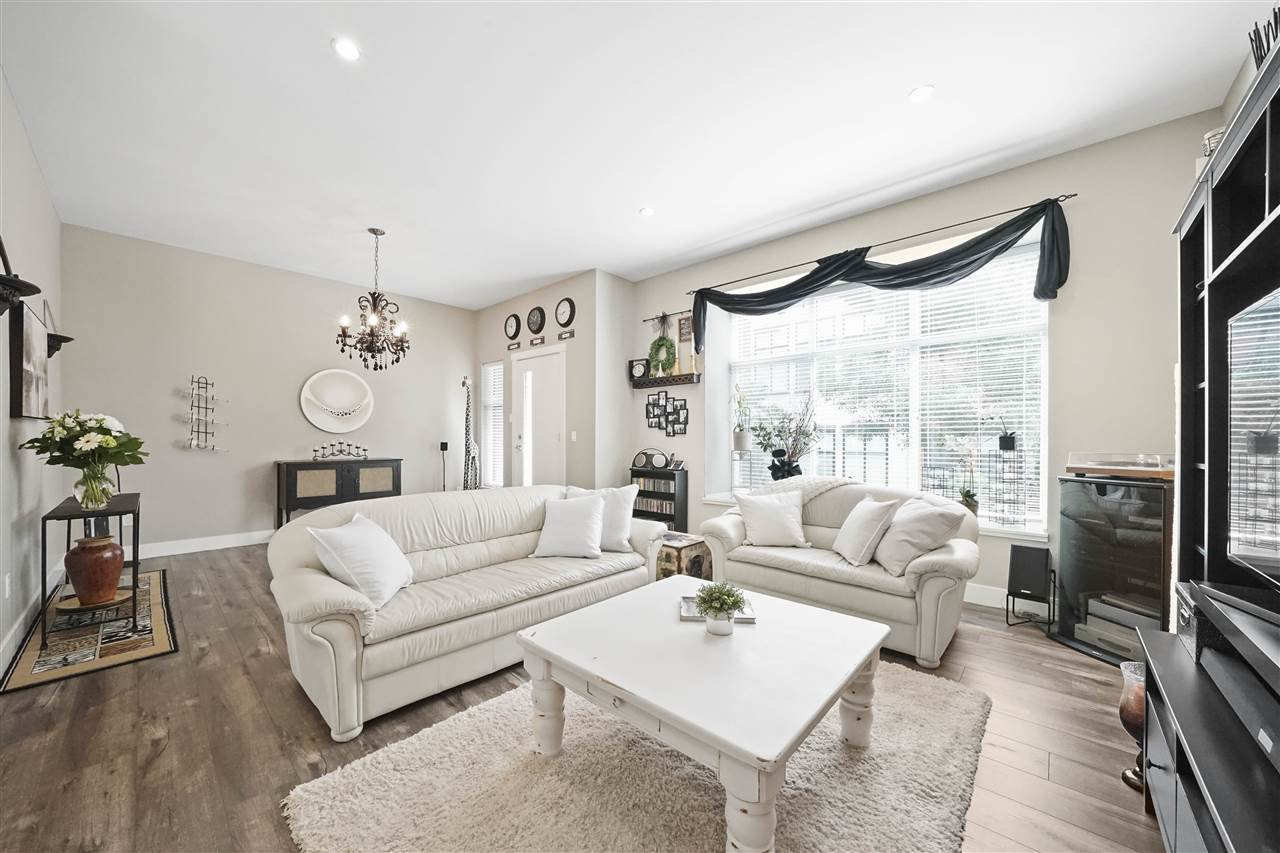 "Main Photo: 43 2687 158 Street in Surrey: Grandview Surrey Townhouse for sale in ""Jacobsen"" (South Surrey White Rock)  : MLS®# R2406998"