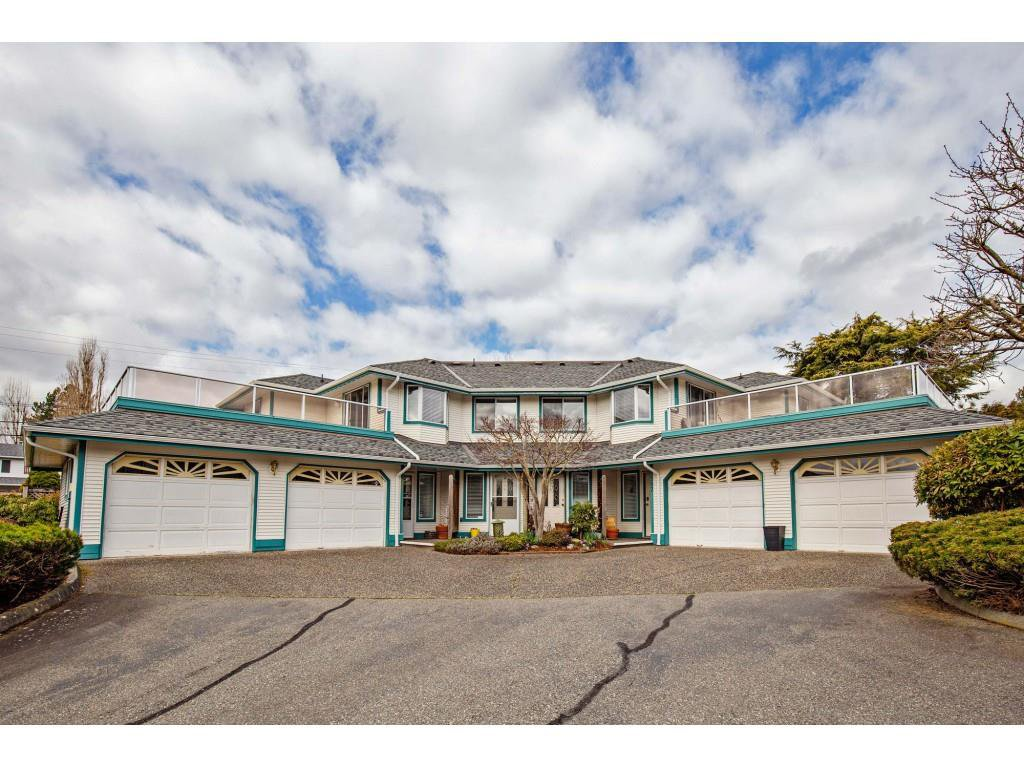 "Main Photo: 506 7500 COLUMBIA Street in Mission: Mission BC Townhouse for sale in ""Edwards Estate"" : MLS®# R2443177"
