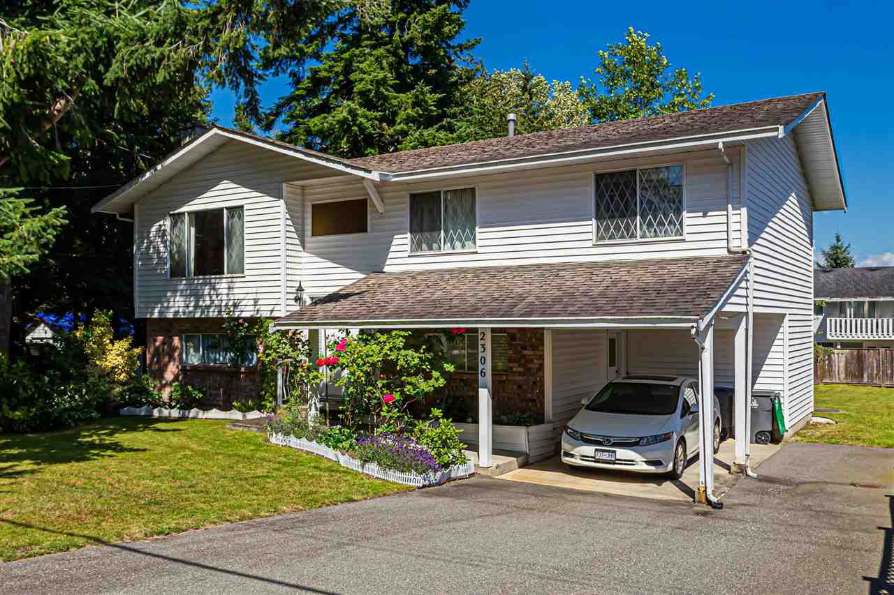 Main Photo: 2306 154 Street in Surrey: King George Corridor House for sale (South Surrey White Rock)  : MLS®# R2476084