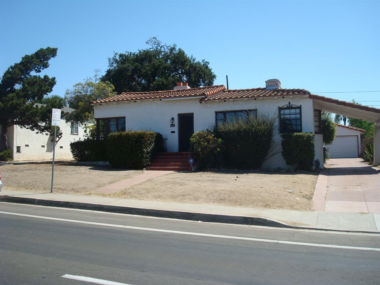 Main Photo: SAN DIEGO House for sale : 3 bedrooms : 4935 College Ave