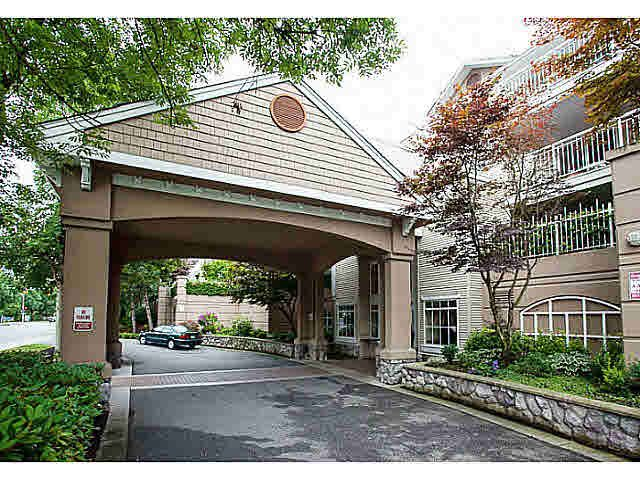 "Main Photo: 327 19750 64 Avenue in Langley: Willoughby Heights Condo for sale in ""The Davenport"" : MLS®# F1418142"
