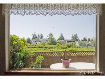Photo 7: Photos: 53 4125 interurban Road in VICTORIA: SW Northridge Residential for sale (Saanich West)  : MLS®# 293909