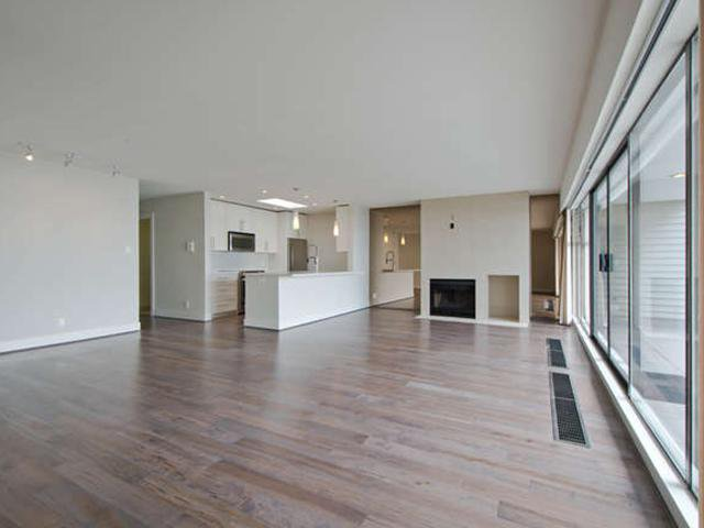 Photo 7: Photos: # 31 2235 FOLKESTONE WY in West Vancouver: Panorama Village Condo for sale : MLS®# V1085519