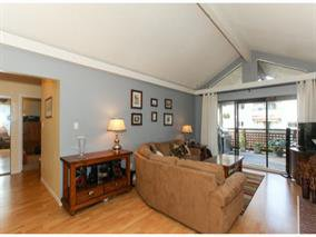 Main Photo: 545 Sydney Avenue in Coquitlam: Condo for sale : MLS®# V1082836