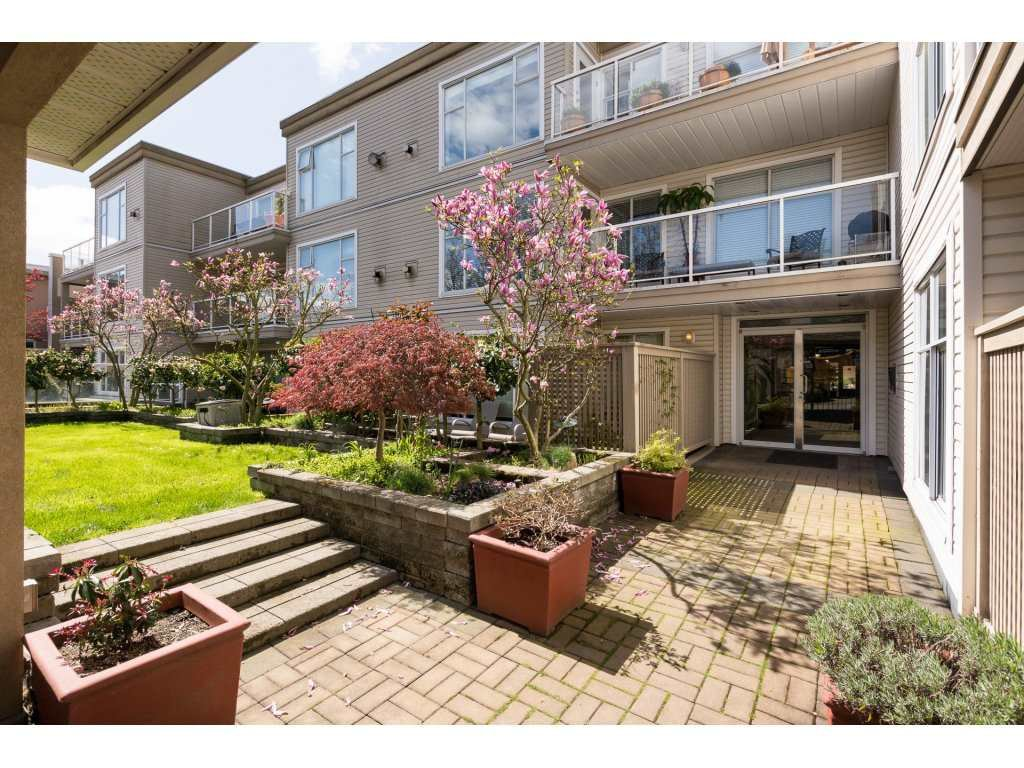 Main Photo: 105 1153 VIDAL STREET in : White Rock Condo for sale : MLS®# R2256852