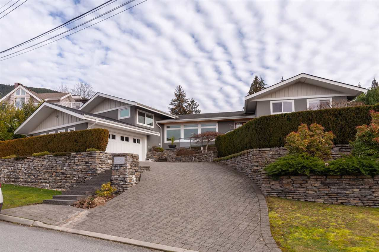 Main Photo: 4482 RUSKIN PLACE in North Vancouver: Forest Hills NV House for sale : MLS®# R2401876