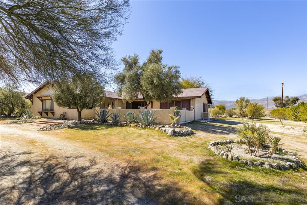 Main Photo: BORREGO SPRINGS House for sale : 3 bedrooms : 3818 Ynez Path