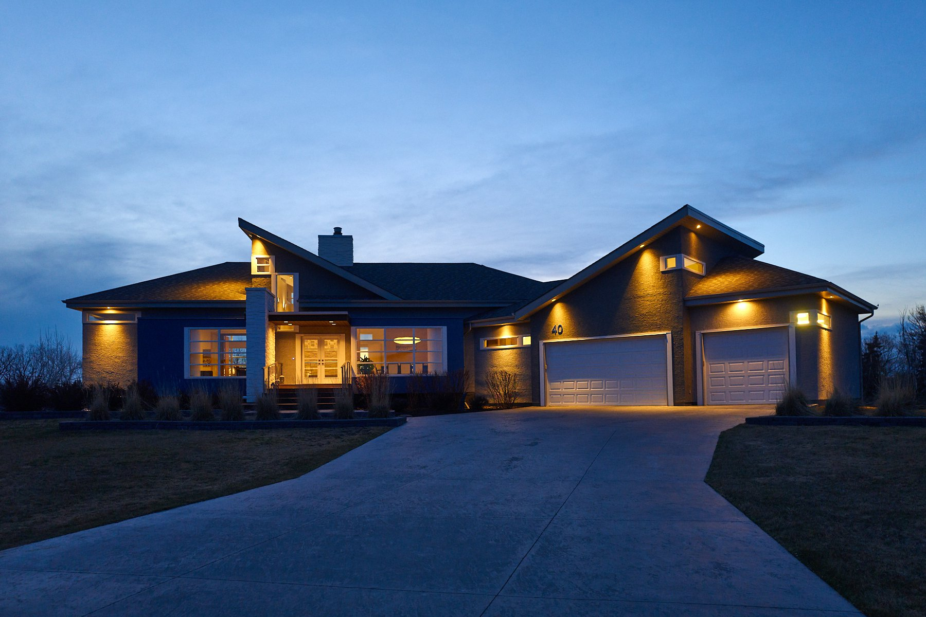 Main Photo: 40 Deer Pointe Drive in Headingley: Deer Pointe Single Family Detached for sale (1W)  : MLS®# 202008422