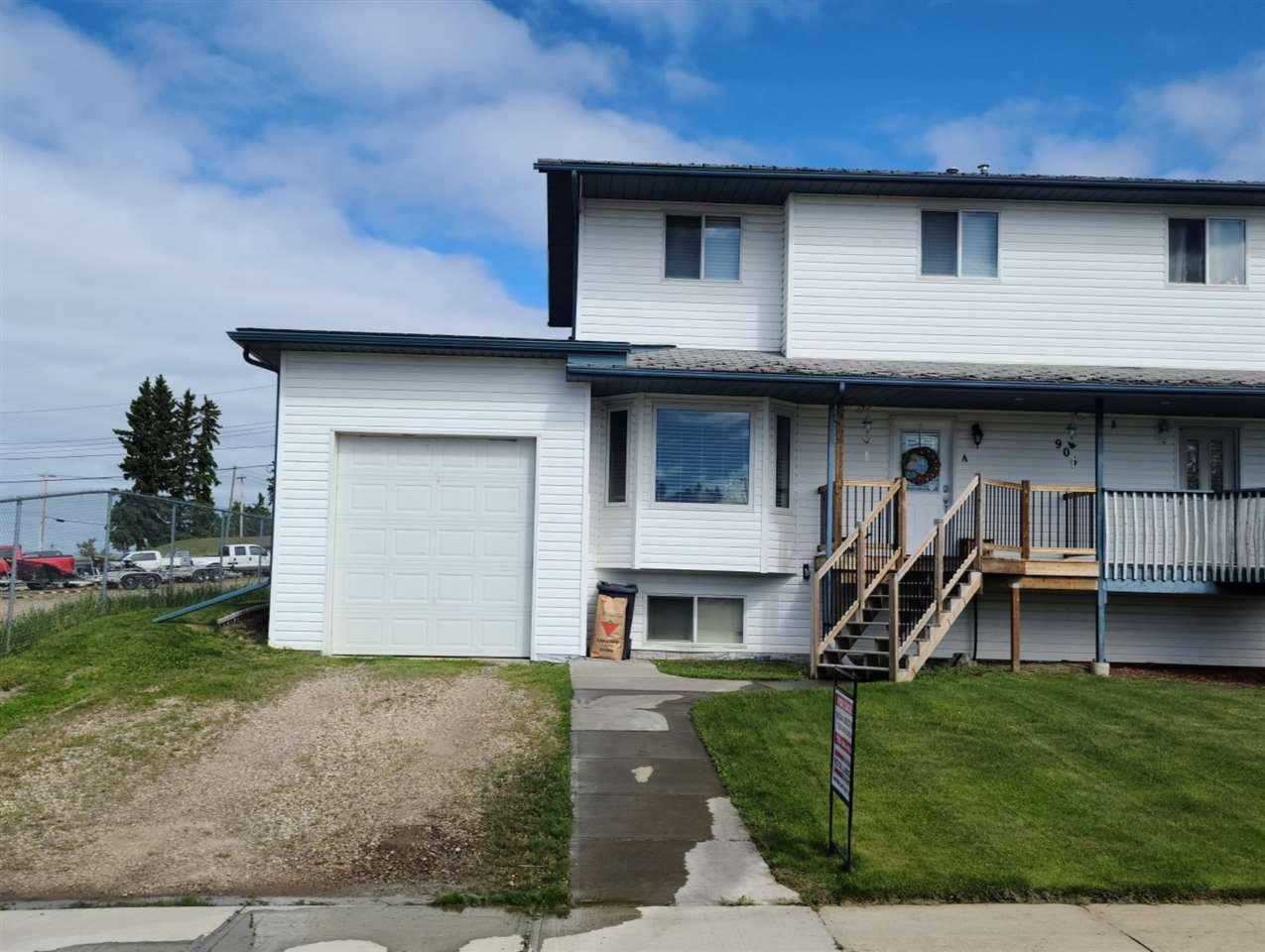 Main Photo: 906A 9 Street: Cold Lake House Half Duplex for sale : MLS®# E4193290