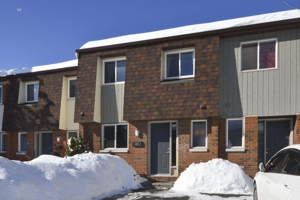 Photo 2: Photos: 3113 Olympic Way in Ottawa: Blossom Park House for sale (Blossom Park / Leitrim)  : MLS®# 986366