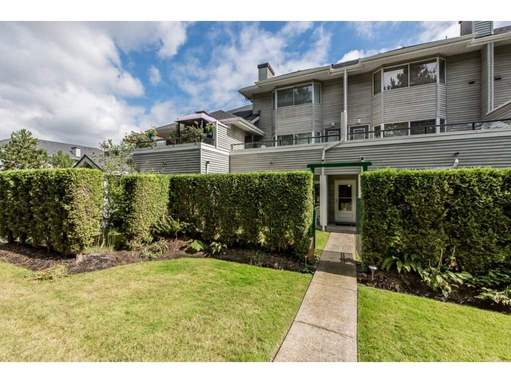 Main Photo: 7 13640 84 AVENUE in Surrey: Bear Creek Green Timbers Townhouse for sale : MLS®# R2106504