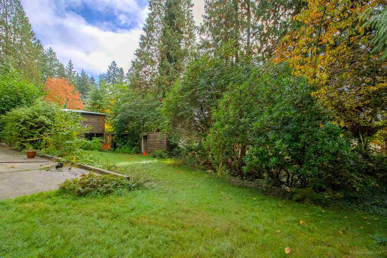 Photo 15: Photos: 1347 DEMPSEY ROAD in North Vancouver: Lynn Valley House for sale : MLS®# R2272592