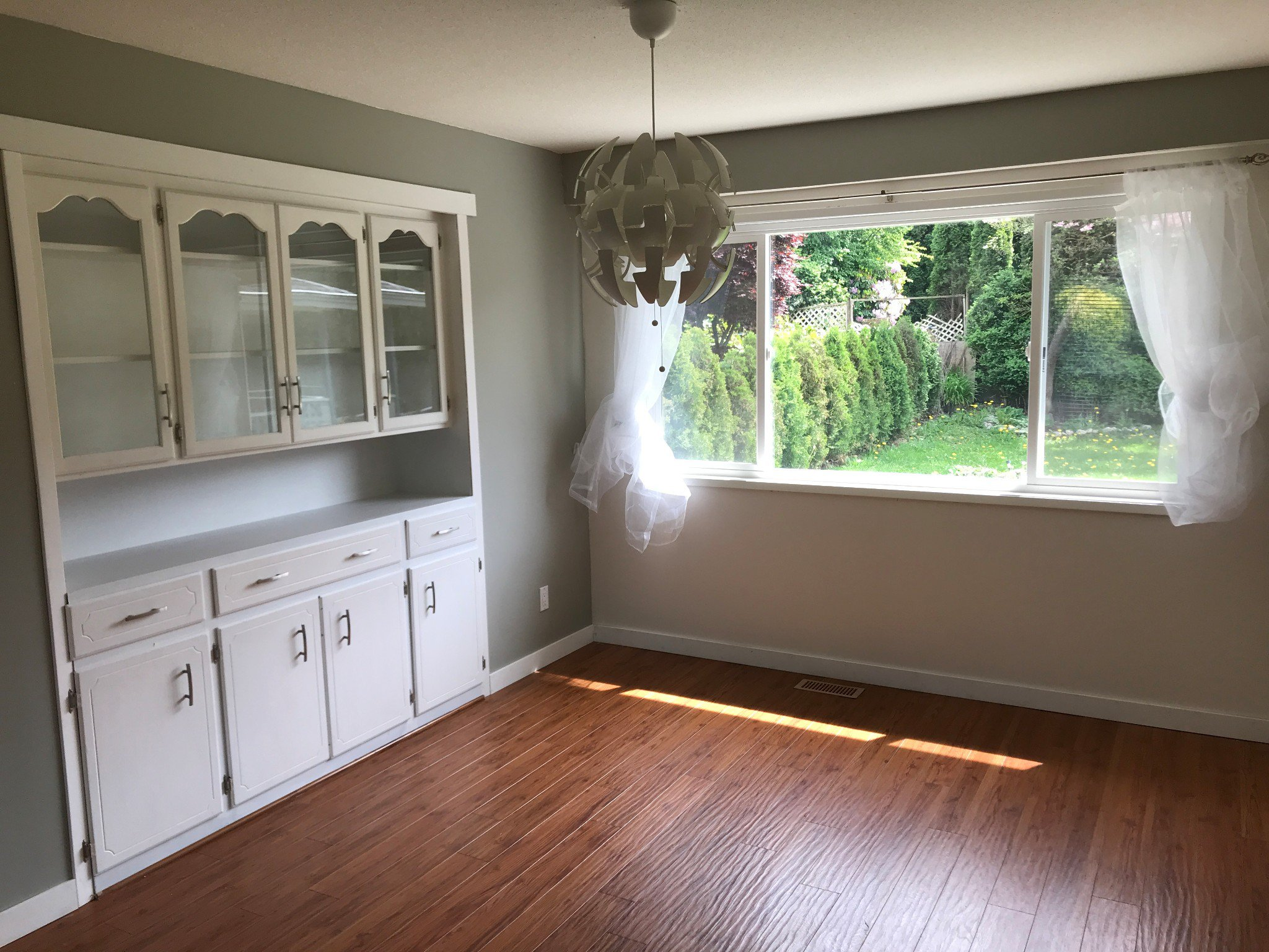 Photo 5: Photos: 2828 Arlington St. in Abbotsford: Central Abbotsford House for rent