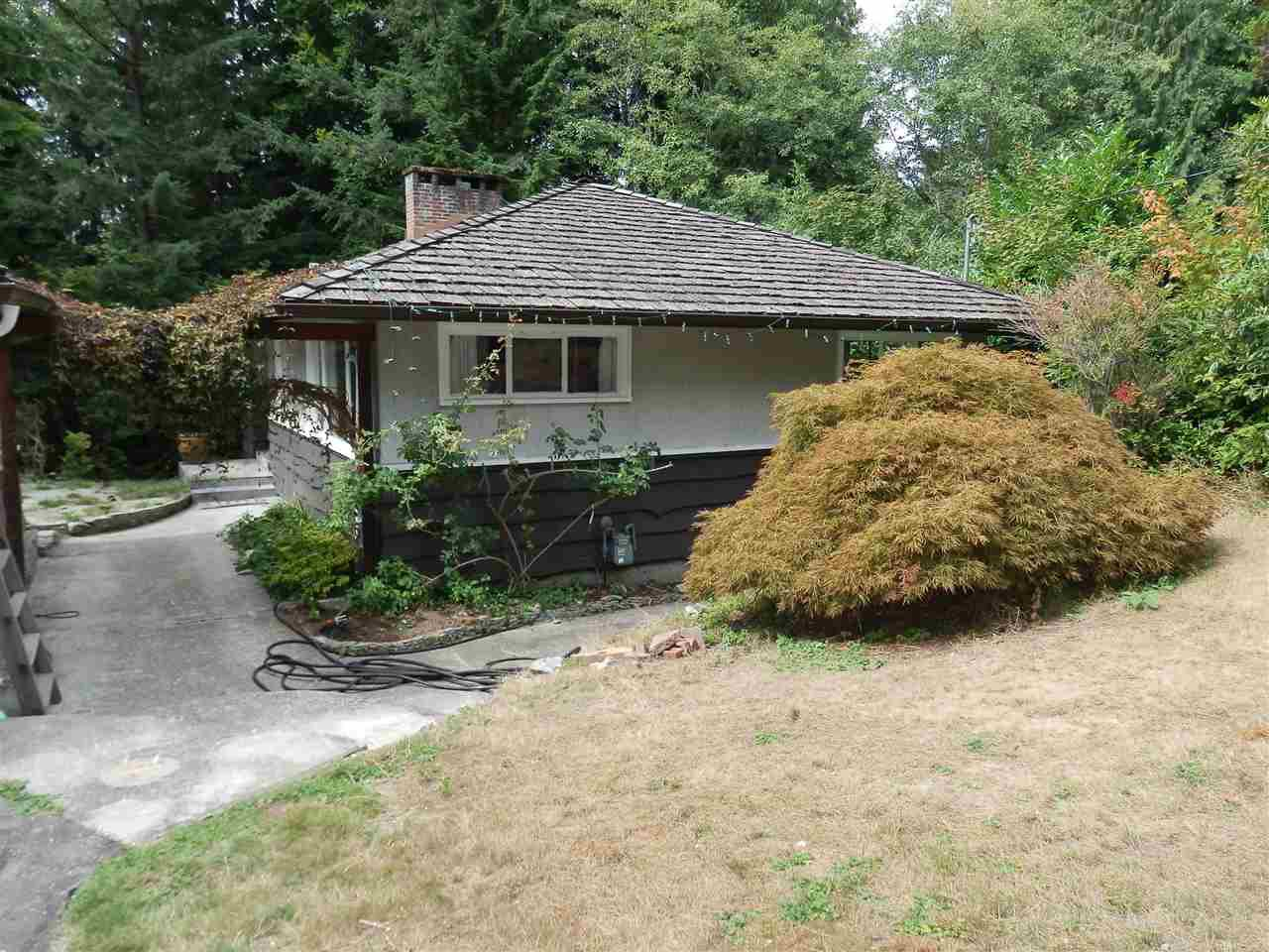 Main Photo: 3833 EMERALD DRIVE in North Vancouver: Edgemont House for sale : MLS®# R2347468