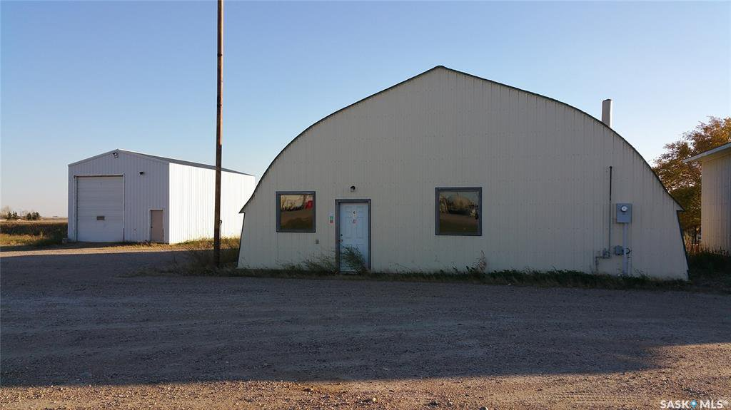 Main Photo: 61 Prospect Avenue in Oxbow: Commercial for sale : MLS®# SK789706