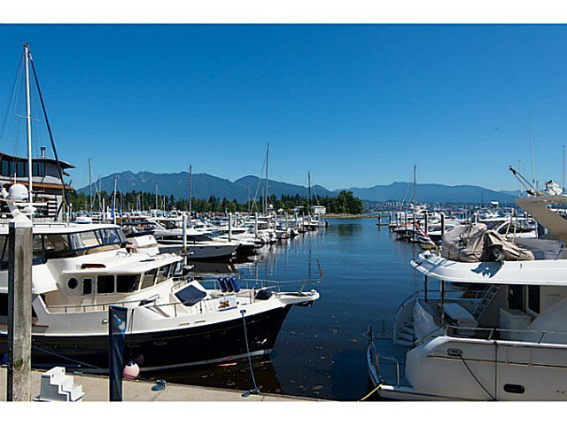 Main Photo: 407 1477 PENDER Street W in Vancouver West: Coal Harbour Home for sale ()  : MLS®# V1130945