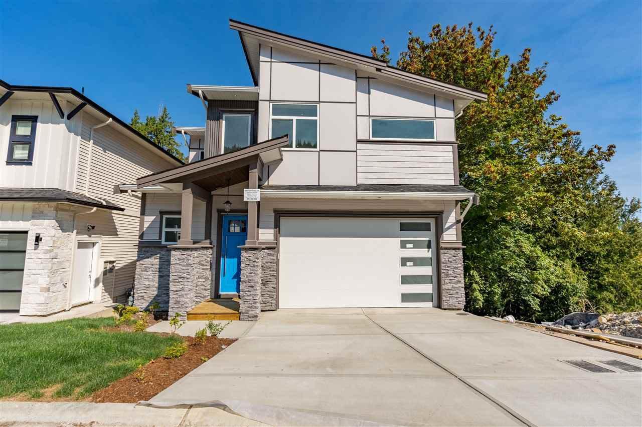 Main Photo: 10 43925 CHILLIWACK MOUNTAIN Road in Chilliwack: Chilliwack Mountain House for sale : MLS®# R2497383