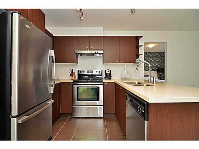 """Photo 6: Photos: 201 738 E 29TH Avenue in Vancouver: Fraser VE Condo for sale in """"CENTURY"""" (Vancouver East)  : MLS®# V1024242"""