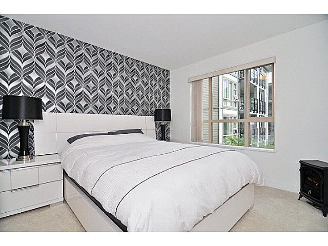 """Photo 9: Photos: 201 738 E 29TH Avenue in Vancouver: Fraser VE Condo for sale in """"CENTURY"""" (Vancouver East)  : MLS®# V1024242"""