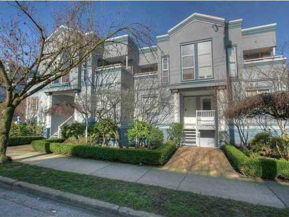 "Main Photo: # 6 877 W 7TH AV in Vancouver: Fairview VW Townhouse for sale in ""EMERALD COURT"" (Vancouver West)  : MLS®# V1028020"