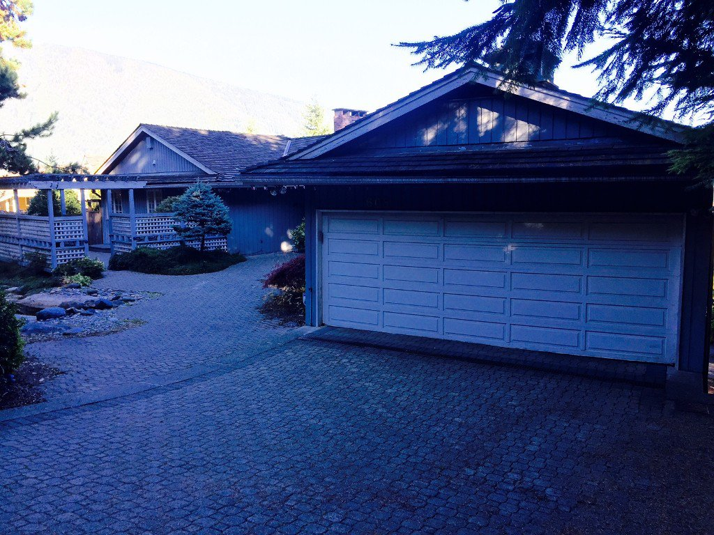 Photo 4: Photos: Hawstead Place in West Vancouver: British Properties House for rent