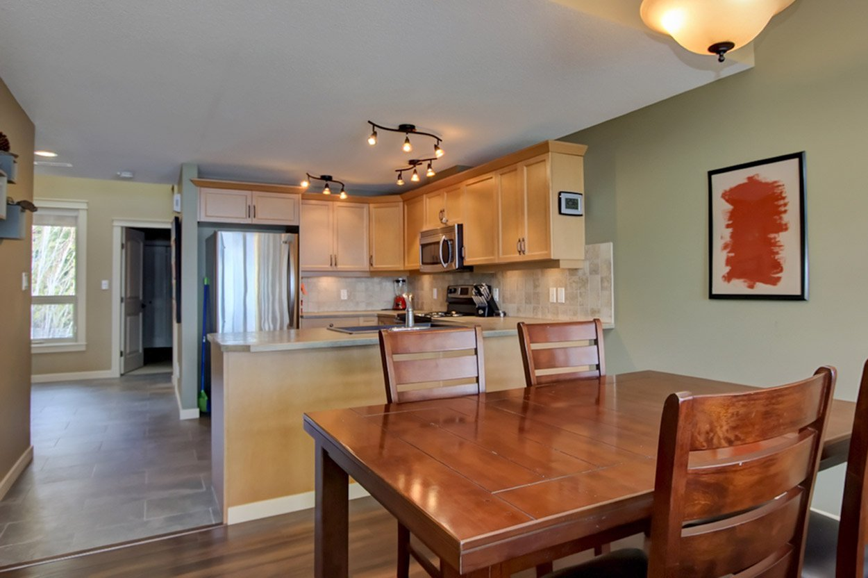 Photo 13: Photos: 29 1134 Pine Grove Road in Scotch Creek: Townhouse for sale : MLS®# 10179544